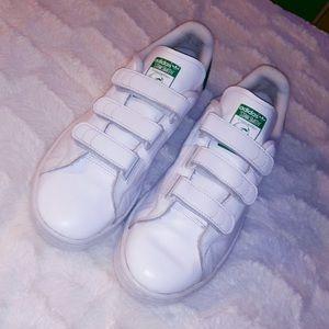 Velcro Adidas Stan Smiths